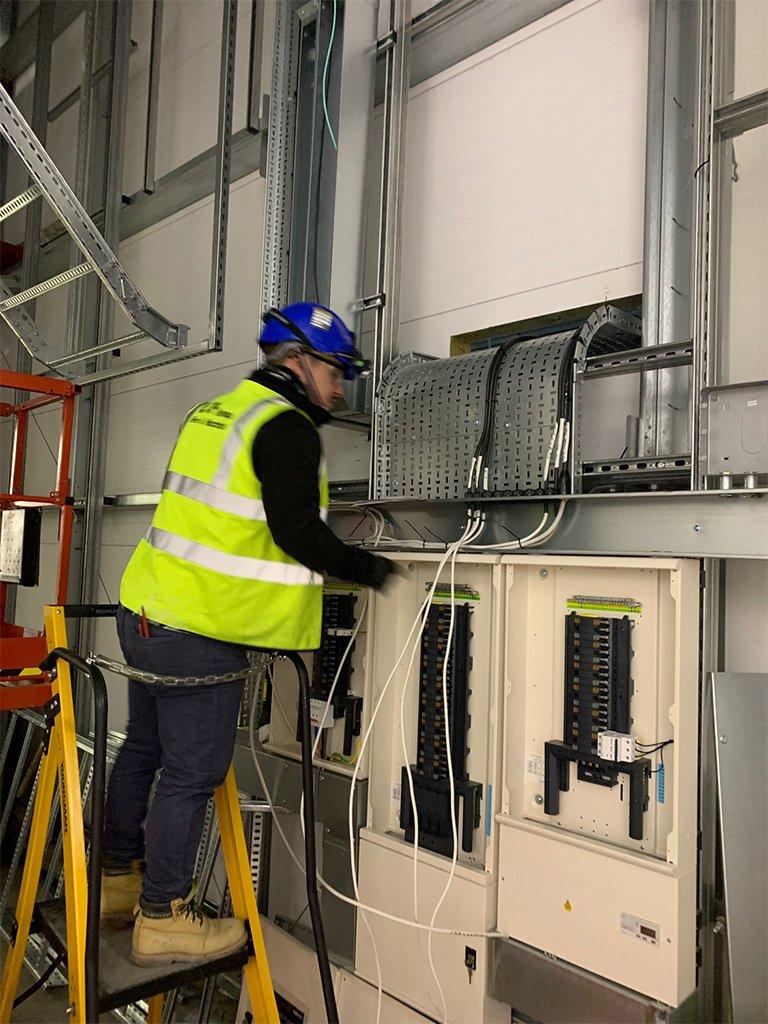15 Data Centre Contracting London LCF