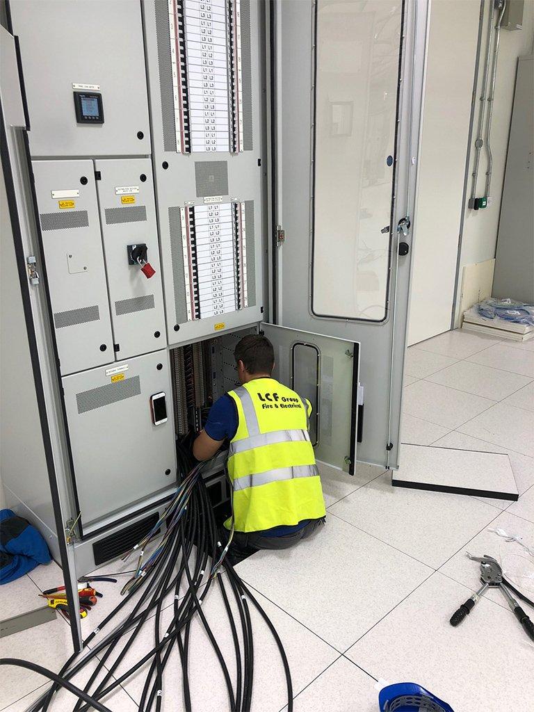 4 Data Centre Contracting London LCF