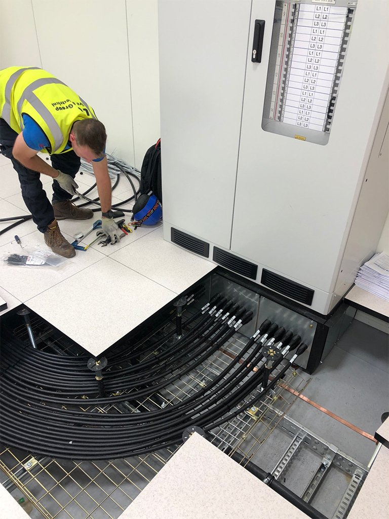9 Data Centre electrical Contracting London LCF